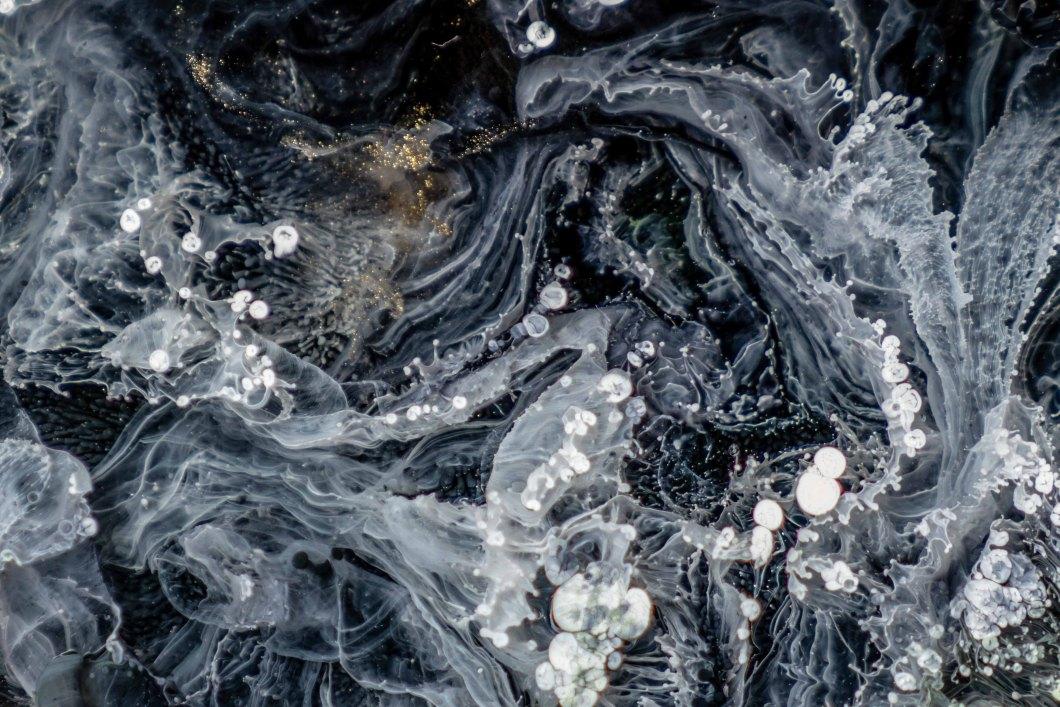 maryna-yazbeck-1389579-unsplash